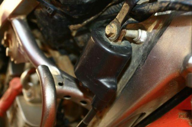 Memperbaiki Koil Motor, memperbaiki koil motor rusak, memperbaiki koil motor mati, memperbaiki koil motor yg rusak, memperbaiki coil motor, cara memperbaiki koil motor, cara memperbaiki koil motor rusak, cara memperbaiki koil motor lemah, cara memperbaiki koil motor mati, cara memperbaiki koil motor yang mati, cara memperbaiki koil motor yg mati, cara memperbaiki koil motor bocor, cara memperbaiki koil pada motor, cara memperbaiki koil motor yang bocor, cara memperbaiki koil sepeda motor, mengatasi koil motor bocor, cara mengatasi koil motor bocor